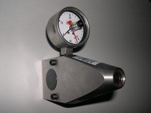 Hydraulische Kraftmessdose mit integrierter Kraftaufbringung. 40 kN Druck.